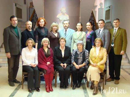 Кафедра декоративно-прикладного искусства и методики преподавания изобразительного искусства (ДПИ и МПИИ)